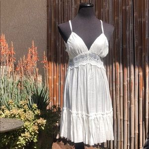 NEW White Crochet Lace Ruffle Hem Halter Dress